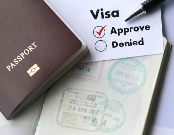 Avocat refus visa, recours Namur